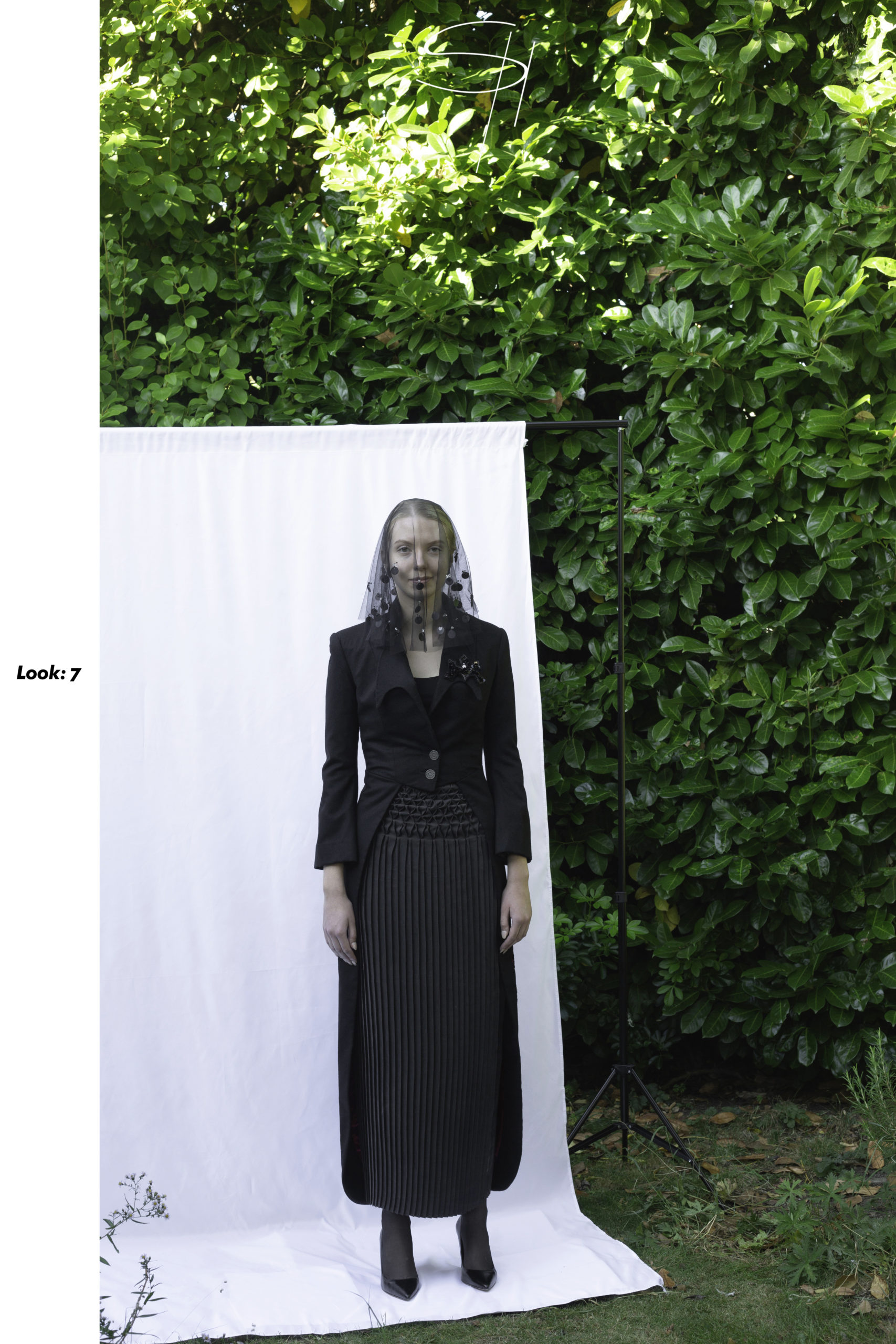 7_-look-scaled